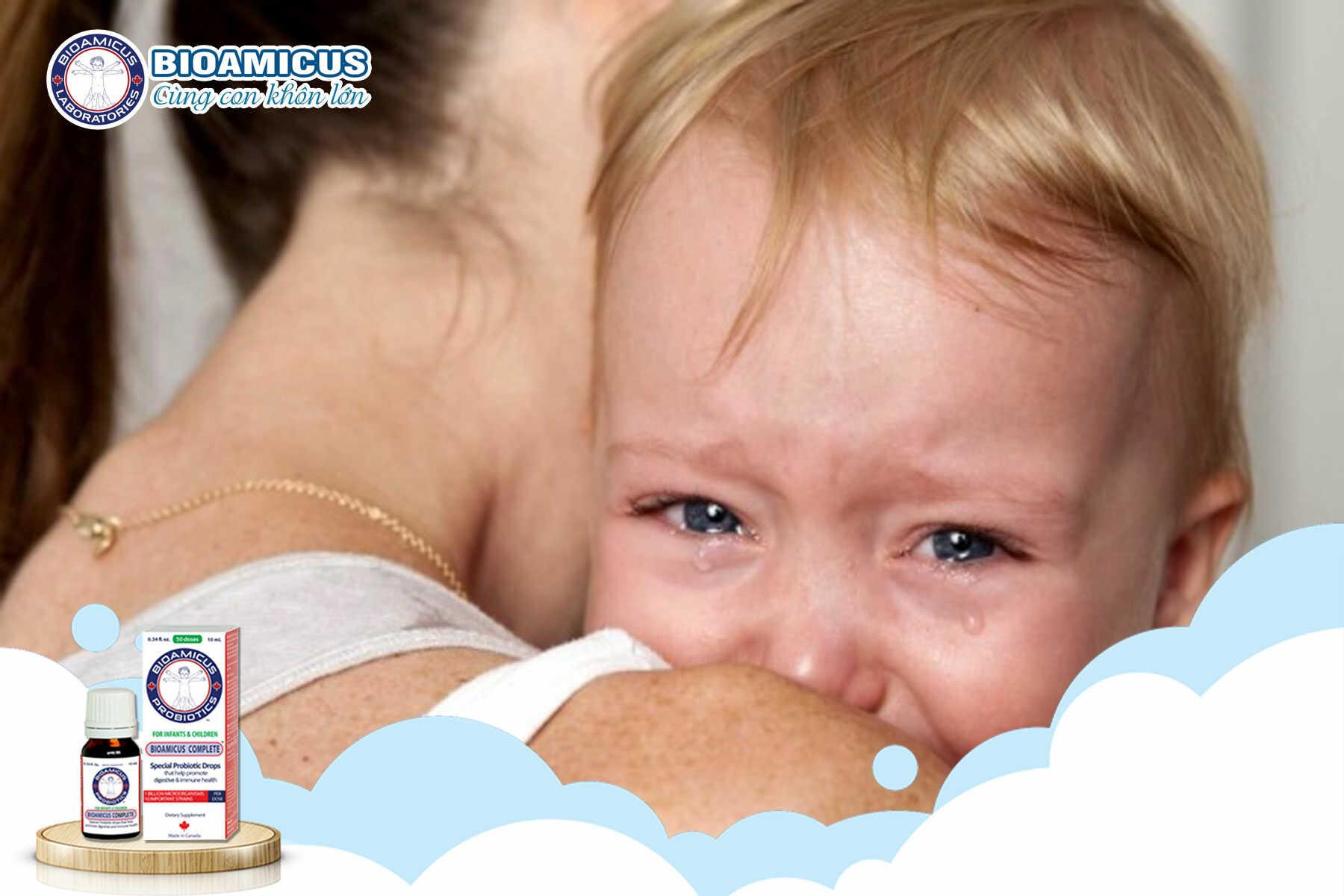 mẹ nên làm gì khi trẻ khóc dạ đề
