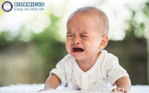 Trẻ tiêu chảy nôn chớ ngày Tết